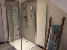 Een badkamer inclusief Sunshower gerealiseerd door Sanidrome Thijssen uit Deurne.