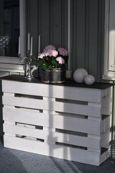 Una consola de palets minimalista y con estilo  #mueblesconpalets #palletfurniture #ecodesing