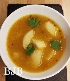 Sopa de cabeza de pescado con yuca – Blue jellybeans Fish Head Soup, Cassava Recipe, Panama Recipe, Panamanian Food, Colombian Food, Fish And Seafood, Healthy Dinner Recipes, Meals, Dishes