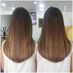 V Cut Hair, Long Hair Cuts, Long Hair Styles, Romantic Hairstyles, Easy Hairstyles, Girl Hairstyles, Long Blunt Haircut, Bob Lung, Haircut And Color