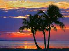 Colorful Sunset over Sombrero Beach in the Florida Keys Photographic Print by George Mccarthy Florida Keys, Florida Beaches, Fl Keys, Florida Travel, Beach Travel, Beautiful Sunset, Beautiful Places, Peaceful Places, Beach Wedding Programs