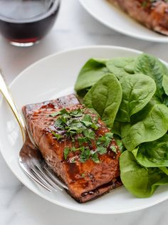 An easy recipe for perfect balsamic glazed salmon that's ready in only 20 minutes. Looks impressive, tastes delicious, and is so simple to make!