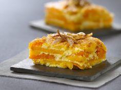 Taartjes van pompoen en aardappel -                         Libelle Lekker How To Cook Potatoes, Tapas, Mashed Potatoes, Macaroni And Cheese, Pineapple, Food And Drink, Gluten Free, Fruit, Cooking