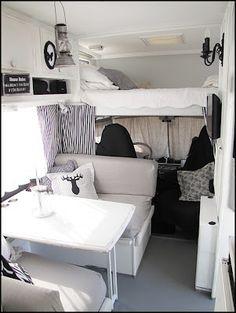 Couchage au dessus de la cabine