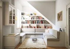 40 stunning small space living room ideas, tips and inspiration. Discover how to make the most of your small living room! Small Apartment Living Room, Interior Design Living Room, Home, Small Apartments, Built In Shelves, Apartment Living, Small Room Design, Contemporary Living, Room Design