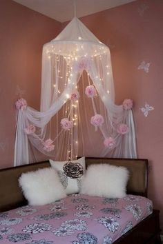 Creative And Simple DIY Bedroom Canopy Ideas25