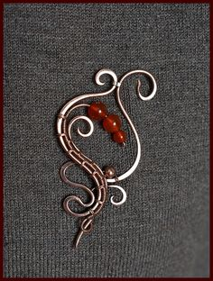 Copper wire wrapped brooch / Wire wrapped scarf pin / Gemstone
