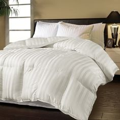 Shop for Hotel Grand Oversized Luxury 500 Thread Count Down Alternative Comforter. Get free delivery at Overstock.com - Your Online Down Bedding Store! Get 5% in rewards with Club O! - 13672654
