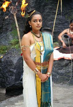 Mundum neriyathum (set-mundu or mundu-set) is the traditional clothing of women in Kerala