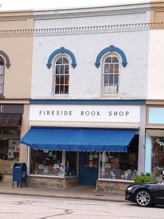 Fireside Book Shop: Chagrin Falls, Ohio