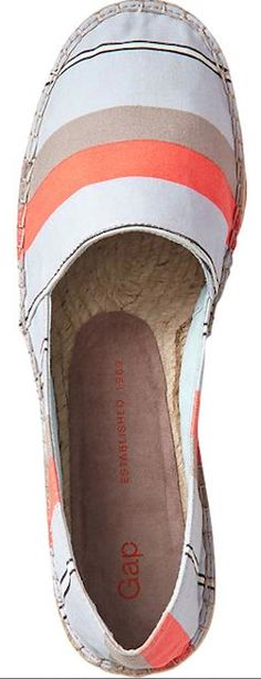 #coral highlighted espadrilles http://rstyle.me/~1Mwbh