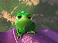 Holiday Party Discover Everyones favorite chameleon Disney Rapunzel Disney Pixar Walt Disney Gifs Pascal Tangled Avengers Wallpaper Little Dragon Animation Disney Wallpaper Disney Pixar, Heros Disney, Disney Rapunzel, Disney Cartoons, Disney Art, Disney Movies, Walt Disney, Frozen Videos, Animiertes Gif