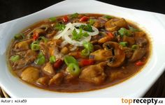 Myslíme si, že by sa vám mohli páčiť tieto piny - Kung Pao Chicken, Ratatouille, Poultry, Thai Red Curry, Stew, Food And Drink, Treats, Cooking, Ethnic Recipes