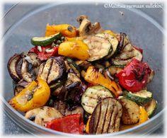 Maistuis varmaan sullekin!: Marinoidut grillikasvikset