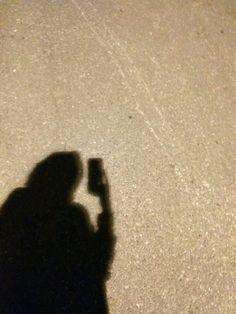 Shadow Photography, Tumblr Photography, Girl Photography Poses, Sky Aesthetic, Aesthetic Photo, Aesthetic Pictures, Hijab Anime, Girl Shadow, Hijab Drawing