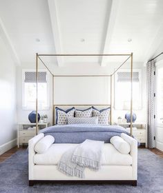 What coastal bedroom dreams are made of! night night Pooh What coastal bedroom dreams are made of! Master Bedroom Design, Dream Bedroom, Home Bedroom, Bedroom Decor, Bedroom Furniture, Bedroom Ottoman, Bedroom Designs, Coastal Bedrooms, Guest Bedrooms