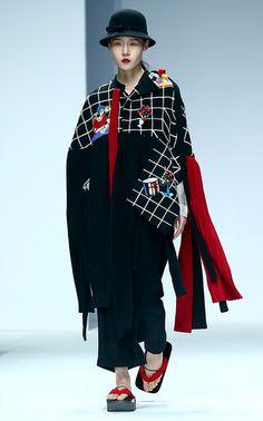 파격과 황당 사이, 중국 졸업 패션쇼 : 화보 : 포토 : 한겨레