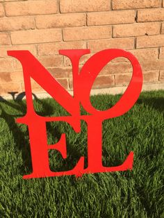 This Noel Sign is the perfect accent to your holiday lawn decor! Its made of metal and powder coated so it wont rust and can be used again, year
