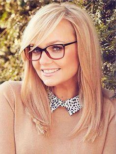 Emma Bunton - too cute ღ Bangs And Glasses, Hairstyles With Glasses, Cute Glasses, Girls With Glasses, Hairstyles With Bangs, Bangs Hairstyle, Glasses Frames, Haircuts, Spice Girls