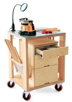 How to Build a Mobile Storage and Sharpening Tools Cart - Free Woodworking Plans. www.Rockler.com