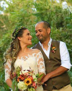 ¿Qué es lo que más admiras de tu pareja? 🤩  . . . 📸 Fotógrafo: @dinamo_productora #Matrimoniocompe #noscasamos #loveyou #couplegoals #weddinggoals #novios #esposos #sesióndeboda #fotosdematrimonio #wedding #reciéncasados #noviosperuanos  #wedding #noscasamos #TodoVaASalirBien