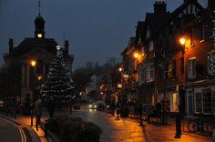 Christmas in-Henley-on-Thames 〰🎄 December Henley On Thames, Rowing, December, Winter, Places, Christmas, Winter Time, Xmas, Navidad