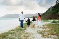 Family Session at Bellows Beach in Waimanalo - Oahu Photographer, Hawaii Portrait Photography
