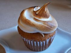 I Can't Believe It's Gluten Free: S'mores Cupcakes