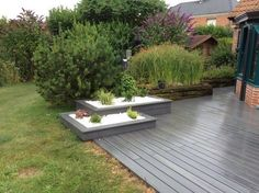 Planter boxes on wooden patio Deck Planter Boxes, Deck Planters, Back Gardens, Small Gardens, Zen Gardens, Backyard Patio, Backyard Landscaping, Wooden Patios, Garden Deco