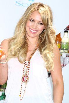 hilary duff with dark hair   Hilary Duff Long Curls - Hilary Duff Looks - StyleBistro