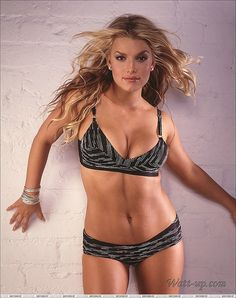 Jessica Simpson Hot Jessica Simpsons Gorgeous Body Beautiful Curves Beautiful Women Celebs Celebrities David Beckham Banks