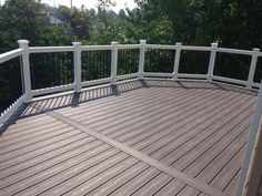 Best Standard Deck With Pressure Treated Handrail Black 640 x 480