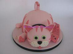 Simple Pink Cat Cake