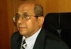 جريدة الرئيس - كبير الأطباء الشرعيين يستقيل لرفض «مكي» منحه «إجازة مرضية»