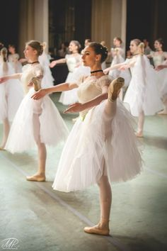 Looks very much like an impressionistic painting! Vaganova Ballet Academy students / Photo by MR Photography