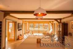 Case Study: Oak extension combines clean, architectural lines with natural warmth - Oakmasters