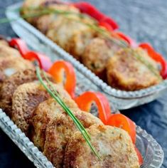 Chifteluţe din cartofi cu ton şi usturoi | Bucate Aromate Fish Recipes, Baby Food Recipes, Cooking Recipes, Healthy Recipes, Healthy Foods, Romanian Food, Tasty, Yummy Food, Food Platters