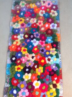 Attractive make a pom pom rug Ideas, good make a pom pom rug and make a pom pom . Attractive make a pom pom rug Ideas, good make a pom pom rug and make a pom pom … Attractive mak Pom Pom Crafts, Yarn Crafts, Sewing Crafts, Hobbies And Crafts, Crafts To Make, Arts And Crafts, Pom Pom Rug, Pom Poms, Yarn Projects