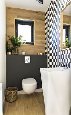 Small Shower Remodel Bathroom Updates and Shower Remodel Diy Renovation. Small Bathroom Inspiration, Bad Inspiration, Small Shower Remodel, Guest Toilet, Bathroom Trends, Bathroom Ideas, Bathroom Designs, Bathroom Updates, Bathroom Pictures