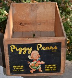 vintage fruit crate Piggy Pears Medford Oregon Highcroft Orchards USA wood box #PiggyPears