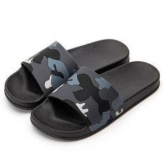 Flip Flops Men's Shoes 2019 Latest Design Twoheartsgirl Men Slippers Casual Cool Leopard Printed Shoes Non-slip Slides Bathroom Summer Sandals Soft Sole Flip Flops Man