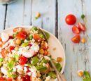 tuinboontjes-en-tomaat-salade-met-gemengde-granen-en-feta-recepten-vandaag