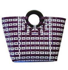 Handmade hand woven summer shopping travel beach bag purse Basket Weaving, Hand Weaving, Woven Beach Bags, Plastic Baskets, Shopping Travel, Handmade Bags, Beach Trip, Louis Vuitton Damier, Purses And Bags