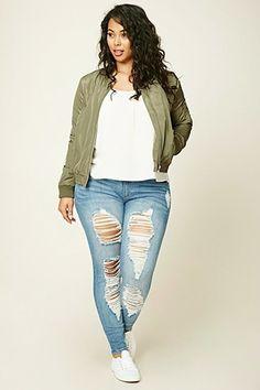 31 best plus size jeans summer outfits plus size outfits for Look Plus Size, Plus Size Casual, Plus Size Women, Casual Plus Size Outfits, Plus Size Fall Outfit, Xl Mode, Mode Plus, Plus Size Distressed Jeans, Plus Size Jeans