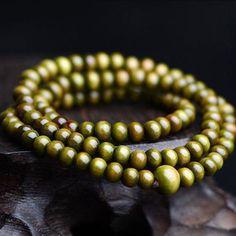 Vintage Sandalwood 108 Wood Prayer Bead Mala Necklace