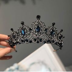 Reimagining of Rowena Ravenclaw's Diadem Cute Jewelry, Hair Jewelry, Wedding Accessories, Jewelry Accessories, Crown Aesthetic, Magical Jewelry, Accesorios Casual, Crystal Crown, Circlet