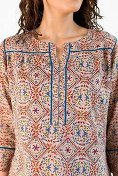 Neck Designs to Try with Plain Kurtis - Indian Fashion Ideas Sleeves Designs For Dresses, Neck Designs For Suits, Neckline Designs, Dress Neck Designs, Churidar Designs, Kurta Designs Women, Short Kurti Designs, Designer Kurtis, Kurtha Designs