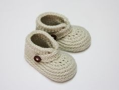 Crocheted Buttoned Baby Booties