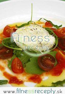 Zapekaná mozzarella Mozzarella, Fitness, Pancakes, Breakfast, Food, Morning Coffee, Essen, Pancake, Meals