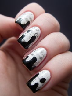 Chalkboard Nails: The New Black Typography Set - Daily News